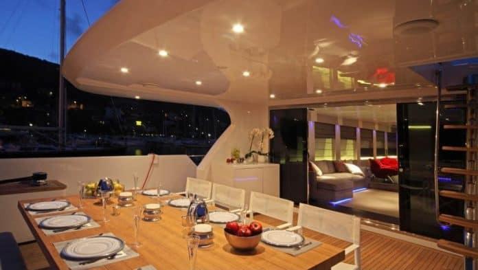 AURORA - Motor Yacht