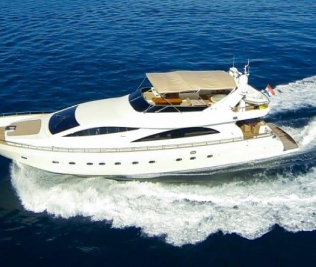 LADY LONA - Motor Yacht