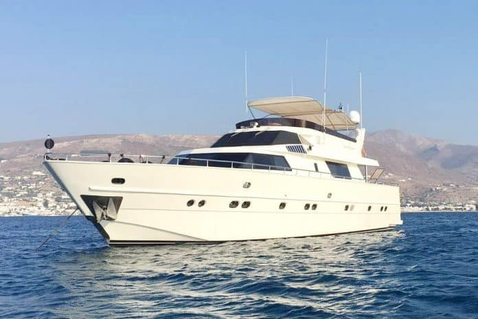 CAELUM - Motor Yacht