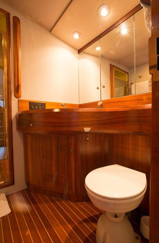 GOLDEN OSPREY - Motor Yacht
