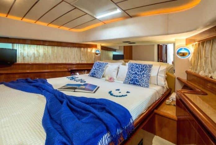 Motor Yacht Meli cabin