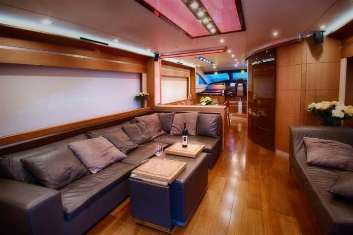 SAINT ANNA - Motor Yacht