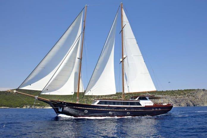 IRAKLIS L - Motor sailer