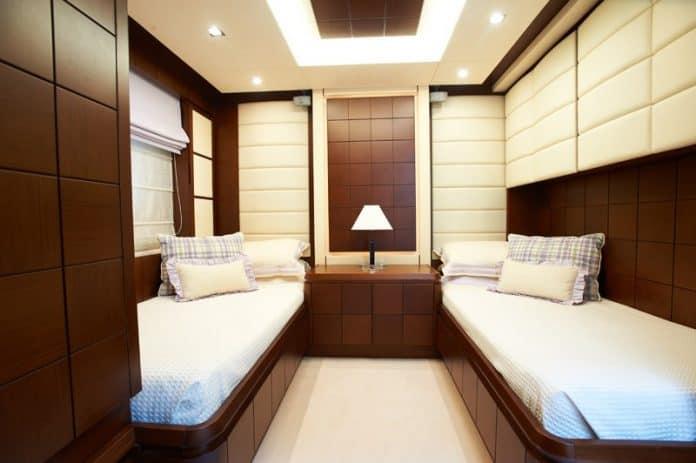 Motor Yacht Jester Twin Cabin