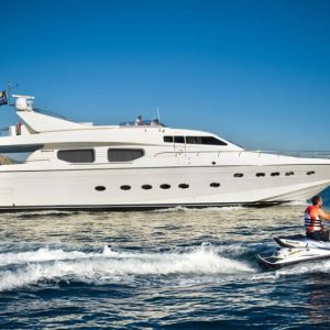 DREAM YACHT - Motor Yacht