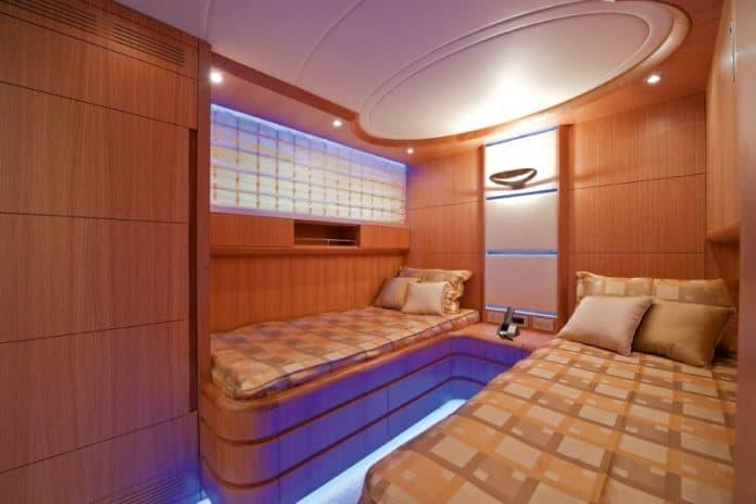 Motor Yacht Paris A Twin Cabin