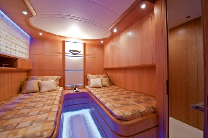 Motor Yacht Paris A Twin Cabin