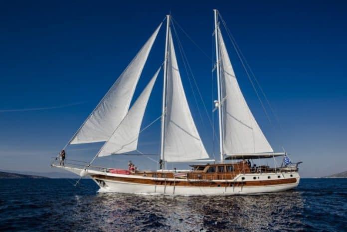 ERATO - Motor sailer