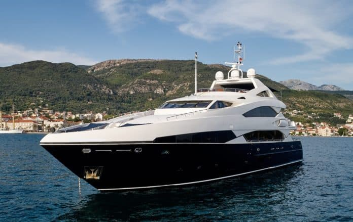 Motor Yacht Barracuda Red Sea Main View