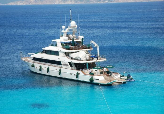 Motor Yacht Forty Love