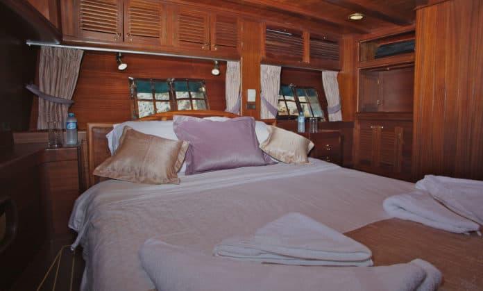 Gulet Sherm cabin