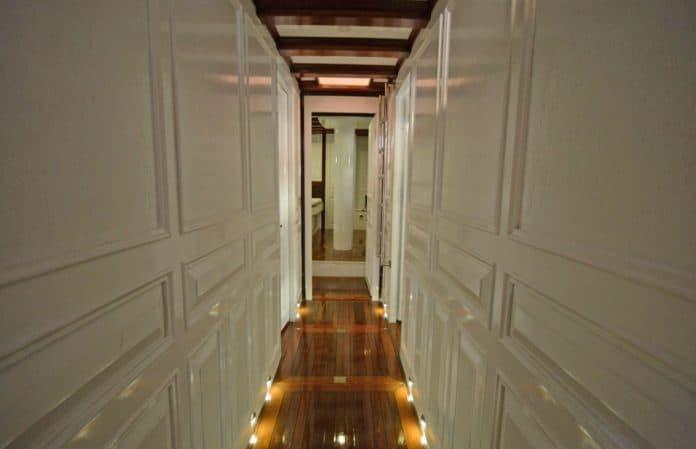 Gulet Grande Mare hallway