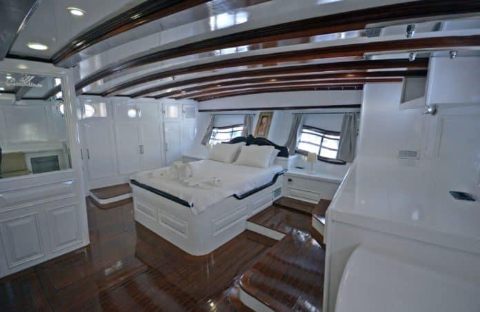 Gulet Grande Mare Master Cabin