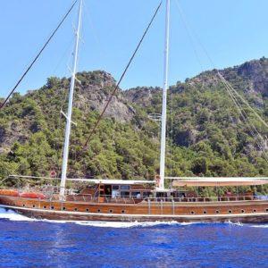 Gulet DF Balina cruising