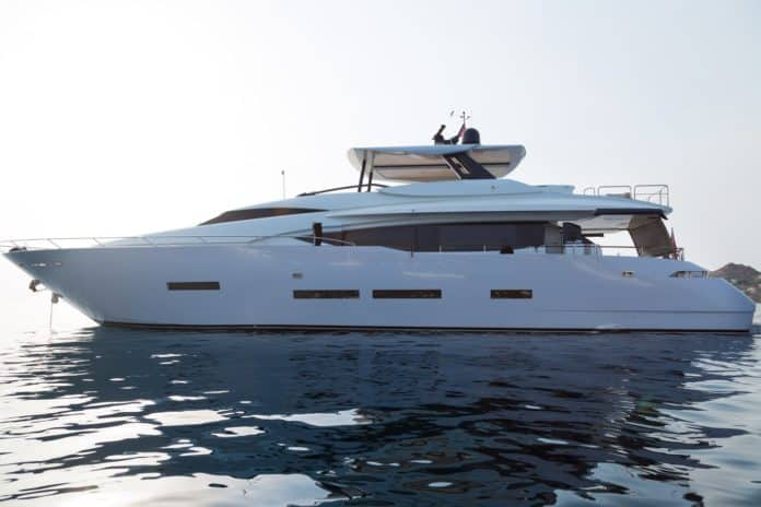 Motor Yacht Lara side view