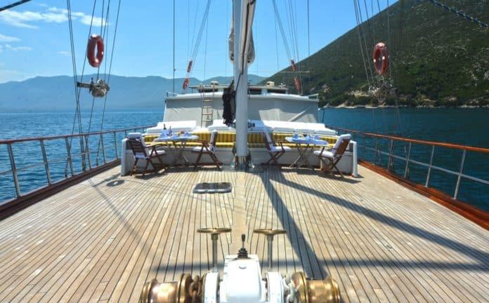 Gulet White Swan fore deck