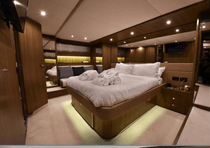 Motor Yacht W Master Cabin