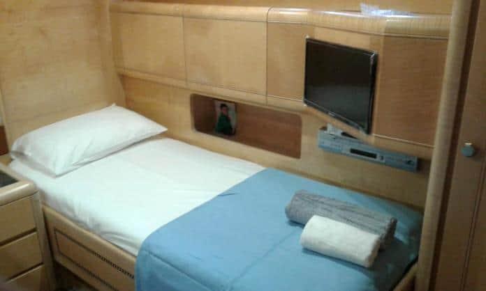 Motor Yacht Miracle Twin Cabin