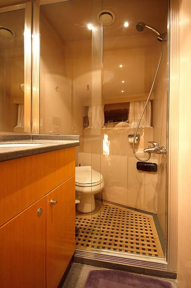 Troy Explorer Bathroom