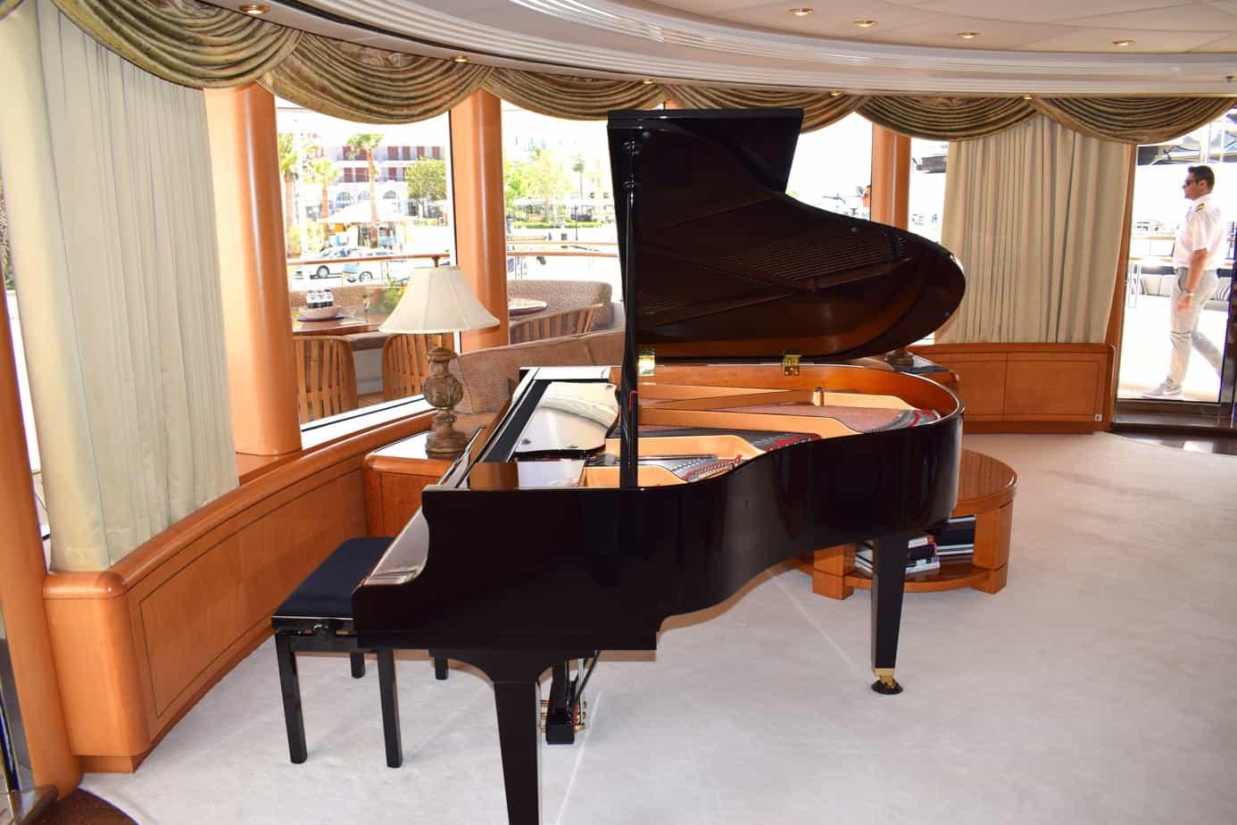 Capri I Yamaha Grand Piano