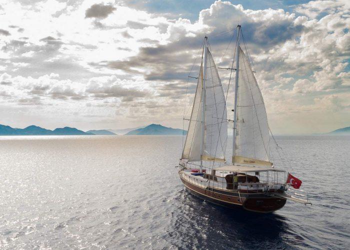 Derya Deniz Gulet