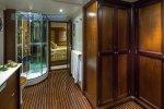 Motor Yacht Donna Del Mare bathroom
