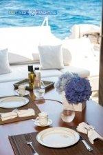 Motor Yacht W Dining