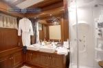 Gulet Mare Nostrum bathroom